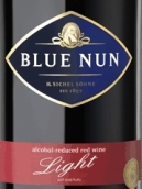 蓝仙姑轻盈红葡萄酒(Blue Nun Light Red Wine, Germany)