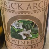 拱门蜜蜂白葡萄酒(Brick Arch Winery Honey Bee,Iowa,USA)