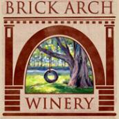 拱门轮胎秋千红葡萄酒(Brick Arch Winery Tire Swing,Iowa,USA)