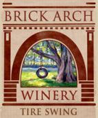 拱门轮胎秋千红葡萄酒(Brick Arch Winery Tire Swing,Iowa,USA)
