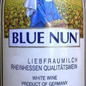 蓝仙姑圣母之乳白葡萄酒(Blue Nun Liebfraumilch, Pfalz-Rheinhessen, Germany)