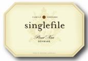 星格弗乐黑皮诺干红葡萄酒(Singlefile Pinot Noir,Denmark,Australia)